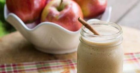 4 spettacolari frullati di mela per un ventre piatto